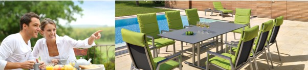 Imagebild Gartengarnitur mit grünen Sitzkissen