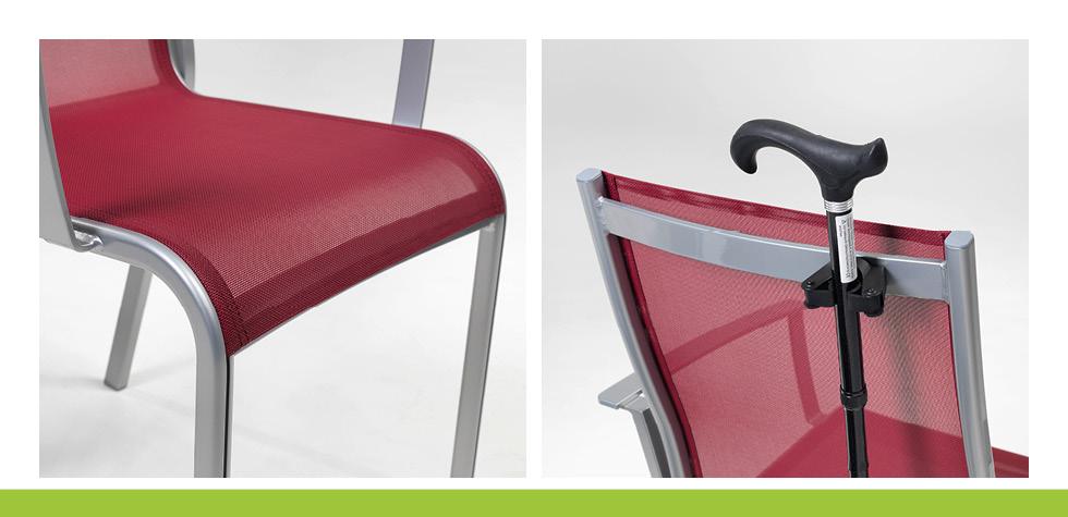 Stockhalter und Knierolle bei Sessel aus der Care Linie