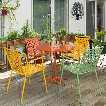 Gartenstühle der Serie Kopenhagen bunt